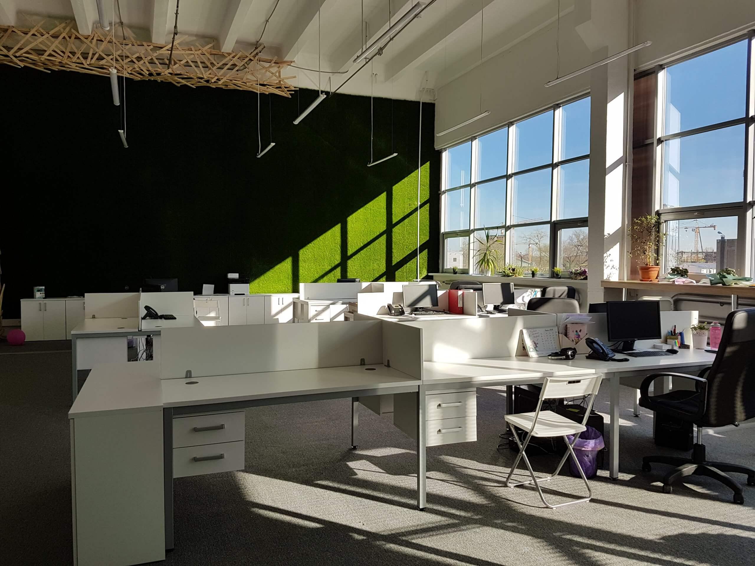 Мебель для персонала в офис компании Подарики