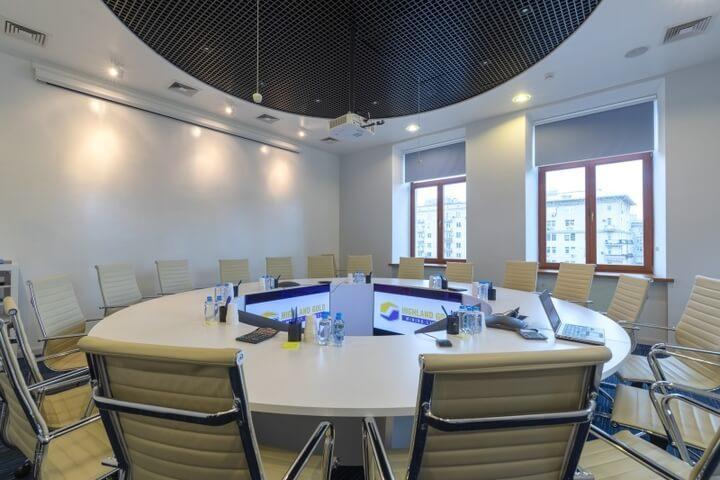 Круглый стол для переговоров для компании РДМ