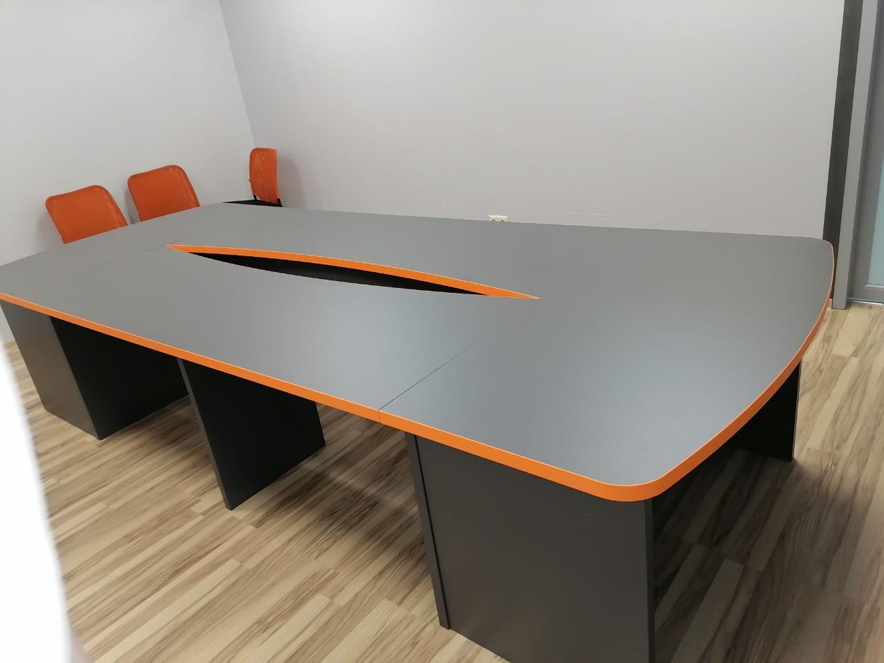 Столы переговоров в компанию PickPoint