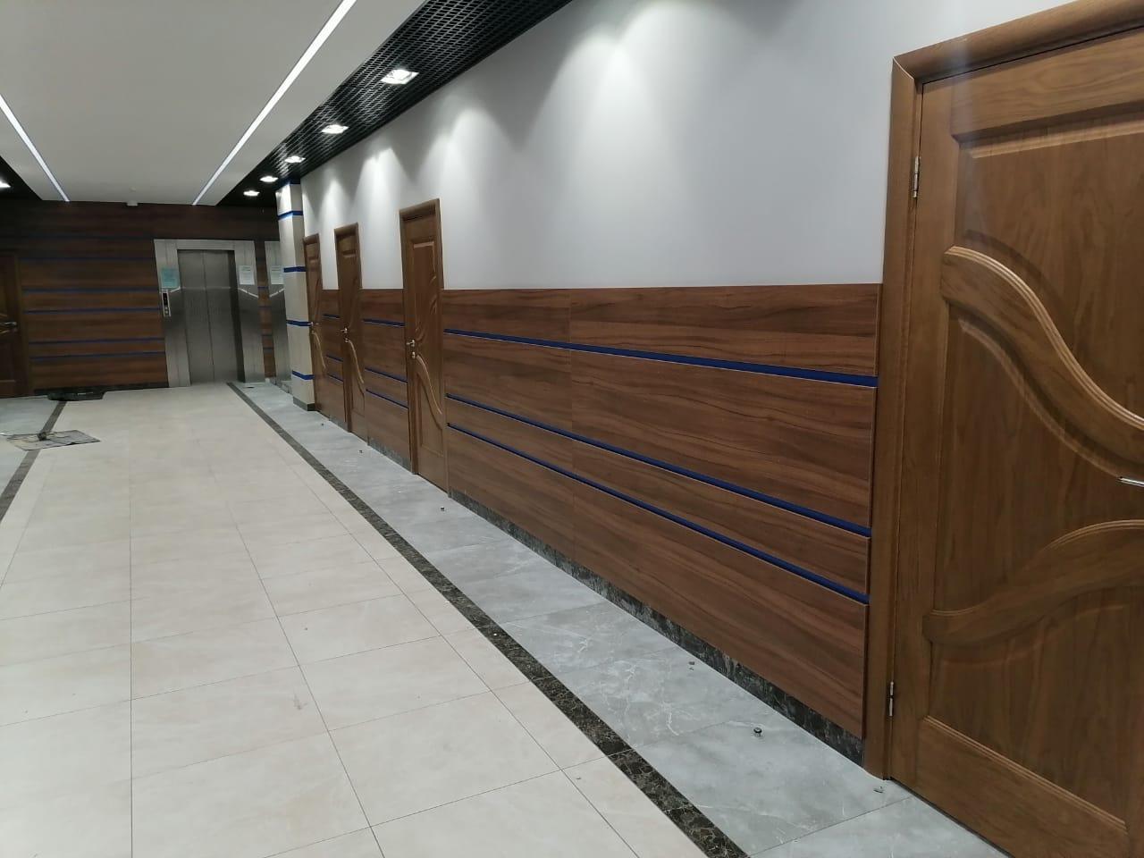 Стеновые панели из ДСП в офисе Автодор